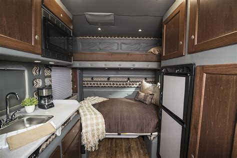 Custom Sleeper Cabs by Integrated Tractor Trailer Sleeper Cab Bolt Custom Trucks