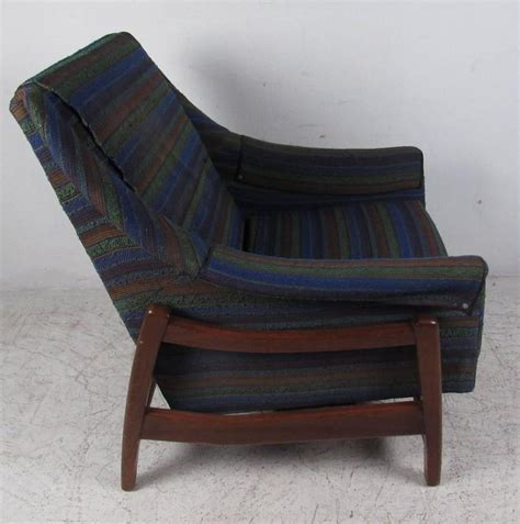 Paoli Furniture by Vintage Midcentury Rocker By Paoli Chair Co For Sale At 1stdibs