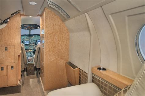 Falcon 10 Interior by Falcon 10 N71m Club Jet