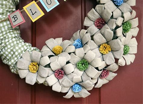 How To Make Egg Trays From Recycled Paper - diy recycled egg crafts recycled things