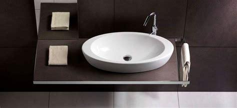 lavello piccolo modelli di lavabo da appoggio componenti cucina lavabo