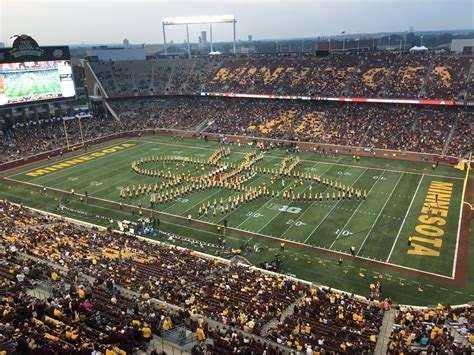 row the boat mn gophers kare11 watch minnesota band rows the boat in honor