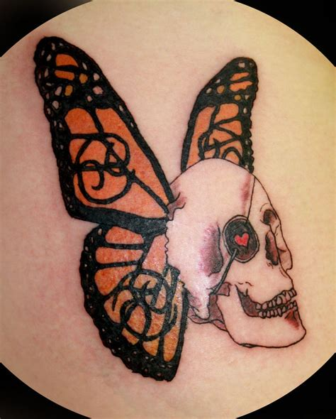 butterfly skull tattoos butterfly skull www imgkid the image kid