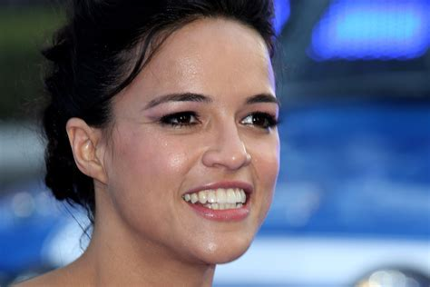 fast and furious 8 bollywood actress michelle rodriguez in fast furious 6 premieres in