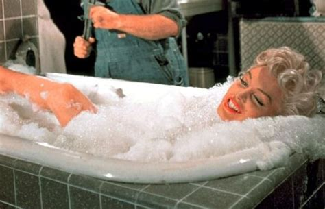 Marilyn Bathtub by 124 Best Images About Marilyn The Seven Year Itch On