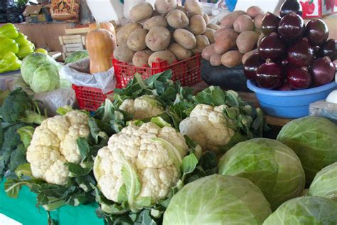 uzbek fruit and vegetables bazaars in uzbekistan the uzbek vegetables and fruit is the decoration of dastarkhan