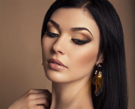 wallpaper girl makeup girl model makeup eyes eyelashes hair dark hand earring