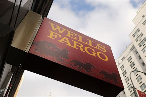 Fargo Court Records Bank Robber Uses Own Cheque For Demand Note Bank Employee