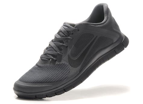 the nike free 4 0 v2 s running shoes all black