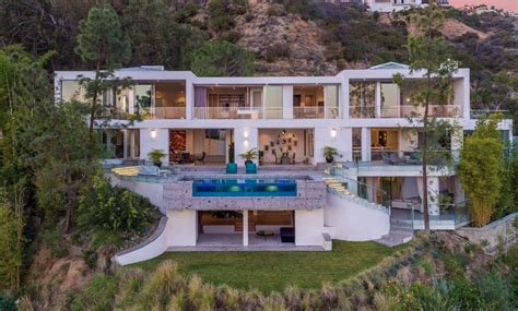 newly built contemporary style mansion  los angeles