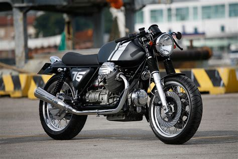 moto guzzi sp1000 cafe racer de officine rossopuro moto guzzi cafe racer vanishing point