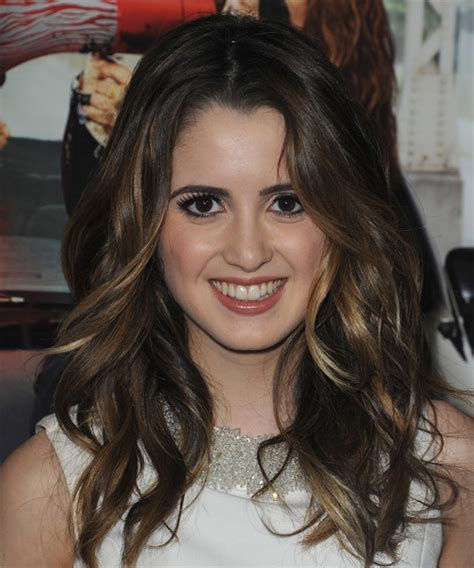 laura marano short wavy cut short hairstyles lookbook laura marano long wavy casual hairstyle dark brunette