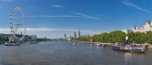 thames river description file thames panorama london june 2009 jpg wikipedia