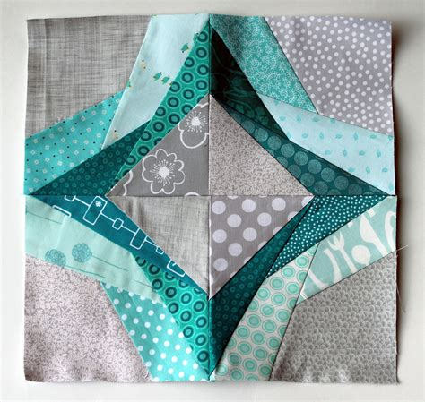 How To Make A Paper Quilt - free paper piecing pattern wombat quilts