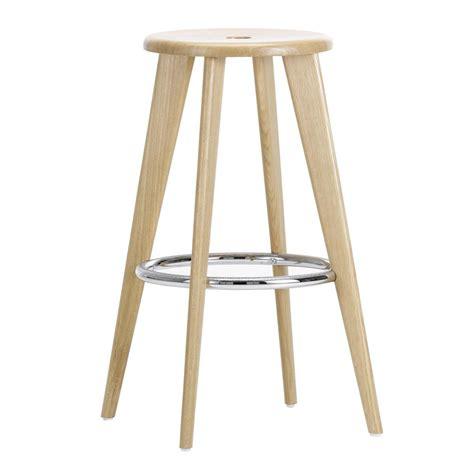 tabouret haut prouve bar stool vitra ambientedirectcom