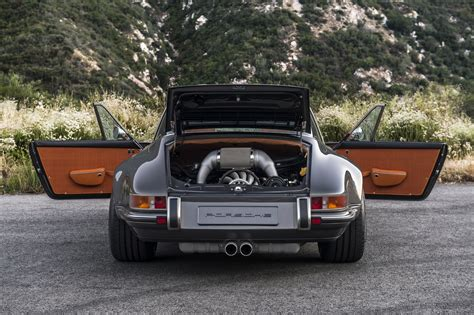 singer porsche targa singer restored a 911 targa and it s pretty awesome