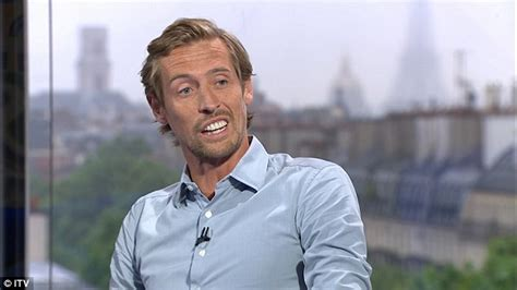 Peter Crouch Meme - fans ridicule peter crouch s giant white teeth on twitter
