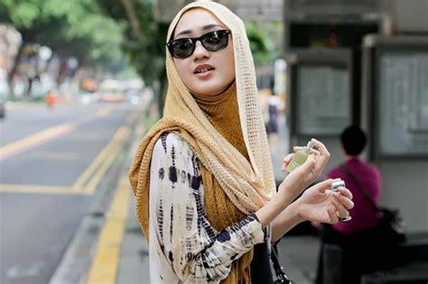 Kacamata Pelangi Fashion foto foto hijaber dengan menggunakan kacamata tutorial