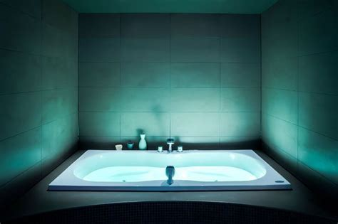 Cleopatra Badewanne by Cleopatra Wellness Experience Center Try Before You Buy