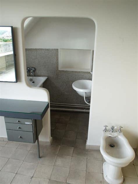 Le Corbusier Bathroom by 24 Rue Nungesser Et Bathroom