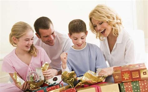 Gift Ideas For Family Members - fantastic gifts for your family members