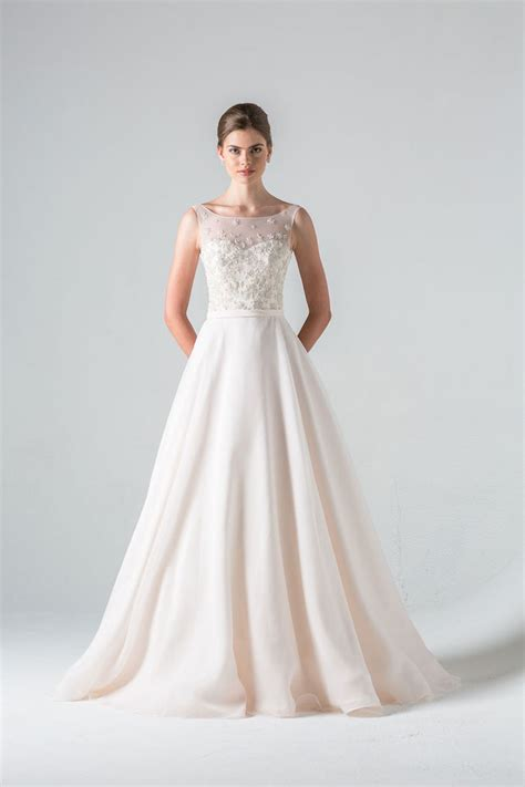 8 Beautiful Wedding Dresses For The Summer by Barge Wedding Dresses 2016 Modwedding
