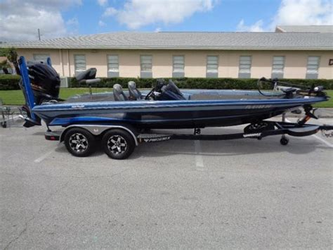 used phoenix bass boats for sale texas used bass phoenix boats for sale boats