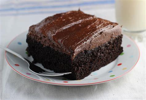 simple chocolate cake recipe simple chocolate cake recipe