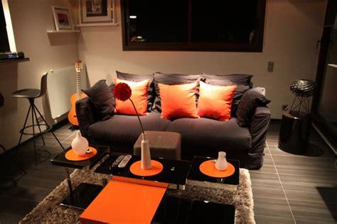 Salon Gris Et Orange by Deco Salon Orange Et Gris
