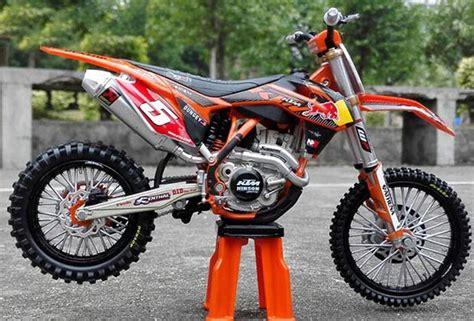 Diecast Motor Trail Ktm 450 Sx F By Newray 1 10 orange 1 12 scale 2012 diecast ktm 450 sx f motorcycle model nm01b238 ezmotortoys