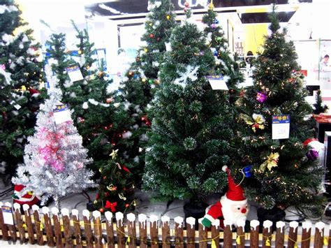 what stores sell christmas trees top 28 does walmart sell trees apparently walmart is selling marijuana
