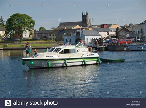 river boat rentals cruise ireland hire boat shannon river boat rental html