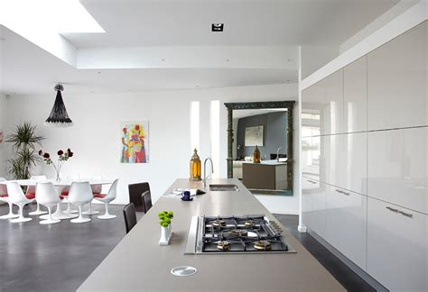 the trend of beautiful kitchen design in 2013 beautiful white kitchens delo loves design