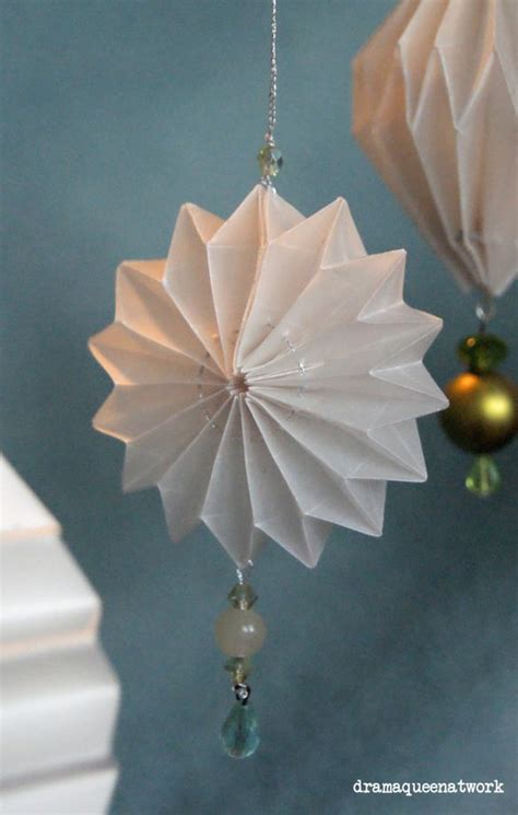 Origami Ornaments Patterns - 61 best images about origami on origami paper