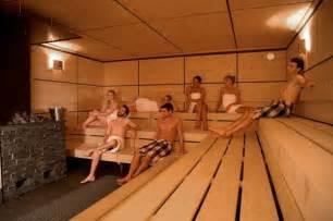 schwimmbad differten saunen und salzgrotten im saarland tourismus zentrale