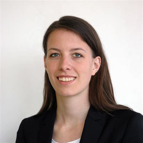 Um Mba Class Profile by Flavia Conrad Mba Candidate At Insead Class Of July