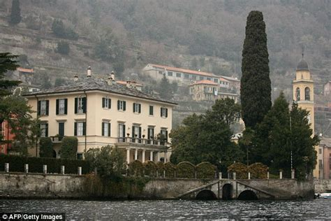 george clooney home in italy lake como becomes migrant c after nearby border