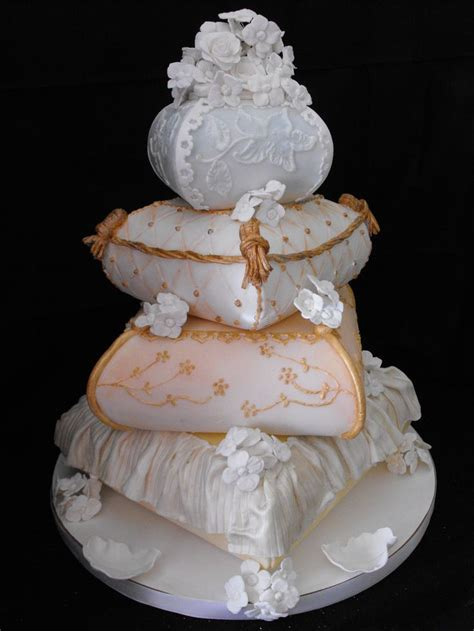 Pillow Cake by Pin By Beckey Douglas On Pillow Cakes