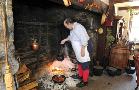 Fireplace Cooking by Landis Valley Offers Annual Open Hearth Cooking Classes