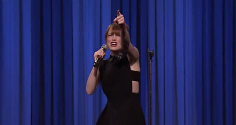 emma stone lip sync songs emma stone becomes queen of lip syncing after jimmy fallon