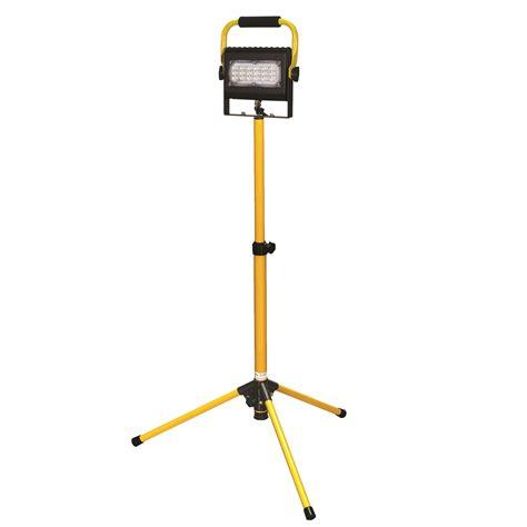 stand in the light prolight led slim series flood light 30w single w