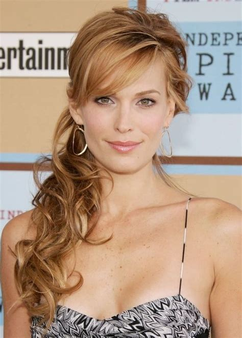Side Hairstyles by 25 Best Ideas About Side Ponytail Hairstyles On