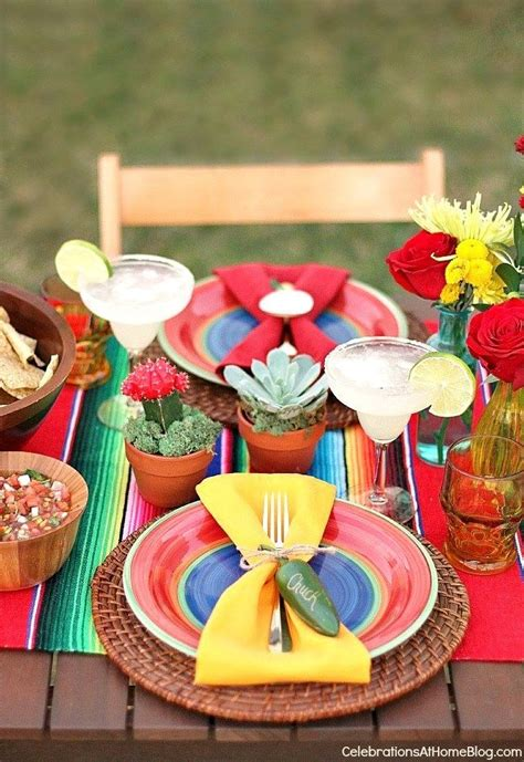 mexican party ideas  fiesta themed tablescape mexican