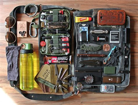 edc backpack list 25 best ideas about edc bag on bug out bag bug out backpack and best edc backpack