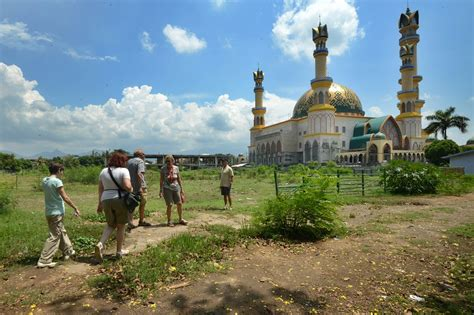 recreation place in indonesia chika ping indonesia prays islamic tourism drive can draw more