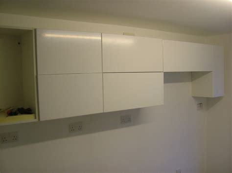 wall kitchen cabinets
