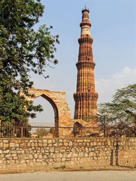 qutub minar biography in english fitxategi qutub minar in delhi 03 2016 jpg wikipedia