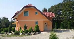 Image result for seoske kuce na prodaju