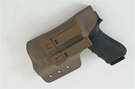 molle clip light ares tactical 187 molle weaponlight holster