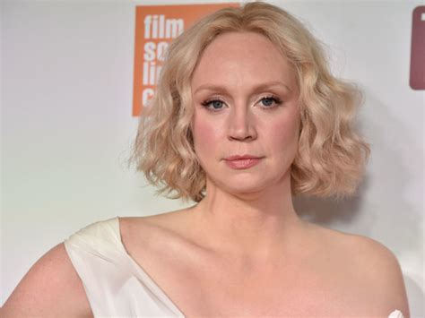 gwendoline christie music video gwendoline christie is 6 3 and will not apologize for